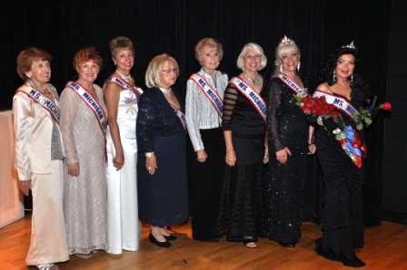 2011 Queen and Past Queens